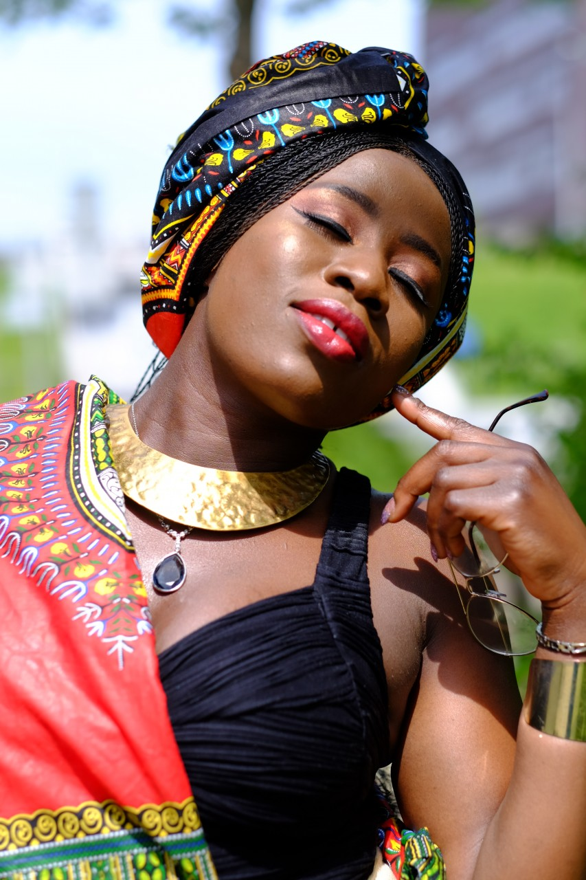Hair stling by Ekene Patience